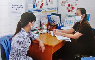 TPHCM sẽ truy vết HIV như cách chống dịch COVID-19