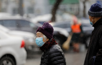 COVID-19 bùng phát mạnh mẽ nhất ở Trung Quốc kể từ tháng 3/2020