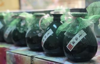 Hơn 1.000 bình rượu trái cây nhập lậu bị thu giữ