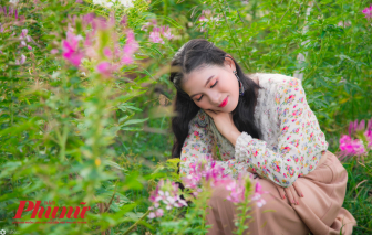 Người Sài Gòn mê mẩn chụp hình tết với cánh đồng hoa rực rỡ ở Hóc Môn
