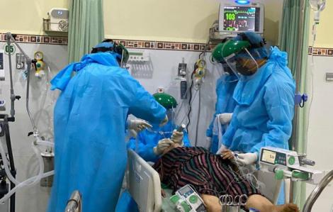 Một bệnh nhân COVID-19 từ Mỹ về đang diễn biến nặng
