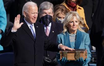 Ông Joe Biden tuyên thệ nhậm chức, hứa trở thành Tổng thống của mọi người Mỹ