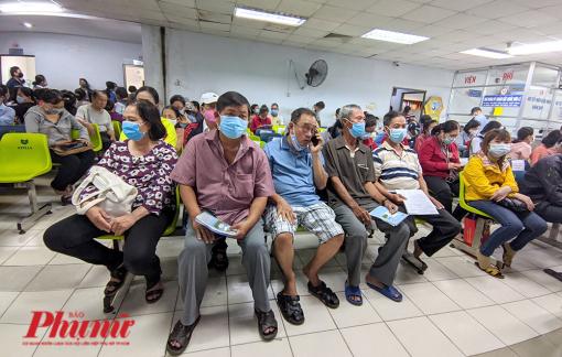 Thông tuyến tỉnh, Bảo hiểm xã hội TPHCM xin thêm 2.496 tỷ đồng