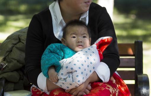 Hé lộ bí mật mang thai hộ tại Mỹ của giới nhà giàu Trung Quốc