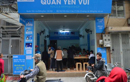 Quán cơm 2.000 đồng ấm lòng người nghèo giữa mùa đông giá rét ở Hà Nội