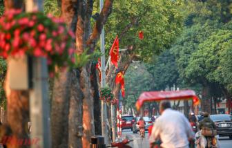 Hà Nội rợp cờ hoa chào mừng Đại hội Đảng toàn quốc lần thứ XIII