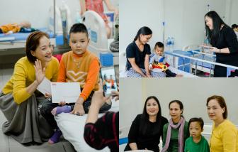 NSND Lê Khanh, NSND Hồng Vân xúc động khi thăm trẻ em ung thư