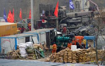 Trung Quốc: 11 thợ mỏ được cứu sau 14 ngày mắc kẹt