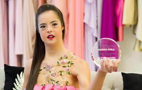 Cô gái mắc hội chứng Down trở thành người mẫu quốc tế
