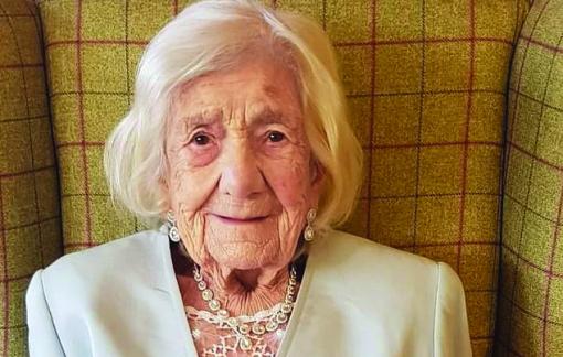 Cụ bà 106 tuổi hai lần đánh bại COVID-19 tiết lộ bí quyết sống khỏe