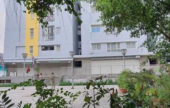 Trưởng Chi cục thi hành án dân sự quận Bình Tân rơi từ tầng cao chung cư Carina Plaza tử vong