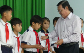 Thêm 100 suất học bổng cho học sinh nghèo và hiếu học Tây Ninh