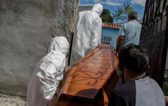 Chết ngạt vì COVID-19 - thảm kịch phủ bóng thành phố ở Brazil khi nguồn cung oxygen cạn kiệt