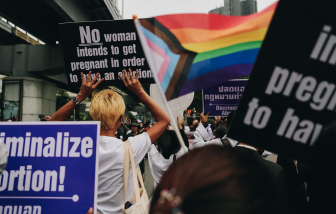 Quốc hội Thái Lan giữ nguyên luật cấm phá thai từ 12 tuần tuổi trở lên