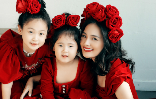 Hoa hậu Hương Giang trẻ trung bên cạnh 2 công chúa nhỏ