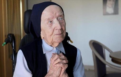 Chiến thắng COVID-19, người phụ nữ thọ thứ 2 thế giới chuẩn bị mừng sinh nhật lần thứ 117