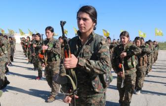 Những nữ chiến binh bất khả chiến bại trong trận chiến bảo vệ gia đình