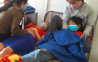 Hàng chục học sinh Quảng Trị nhập viện cấp cứu nghi do ngộ độc thức ăn