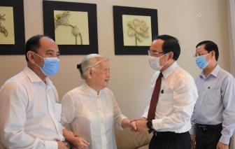 Lãnh đạo TPHCM thăm, chúc mừng cán bộ y tế tiêu biểu nhân Ngày Thầy thuốc Việt Nam