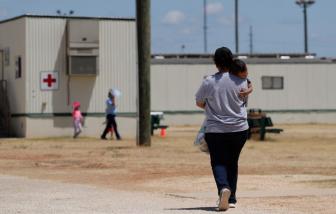 Mỹ xúc tiến việc trả tự do cho trẻ em di cư