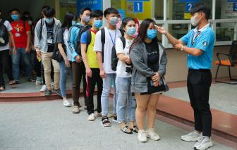 Nhiều trường đại học tại TPHCM vẫn chưa cho sinh viên học tập trung ngay
