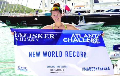 Người phụ nữ trẻ nhất chèo thuyền vượt Đại Tây Dương