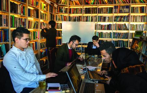 Nhân danh những phụ nữ ngã xuống, thư viện mọc lên tại Afghanistan