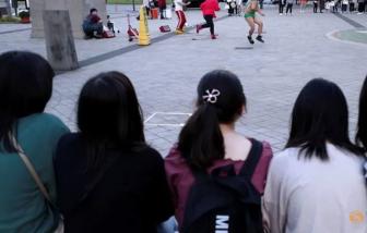 Dư luận phản ứng khi trường học ở Tokyo yêu cầu học sinh xác nhận màu tóc thật