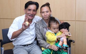 Cuộc sống chật vật của vợ con diễn viên Thương Tín ở quê nhà