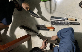 Đà Nẵng: Bắt đối tượng truy nã, phát hiện có nhiều súng và vũ khí