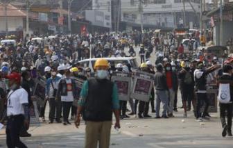 Nổ súng, 7 người chết trong cuộc biểu tình hôm nay ở Myanmar