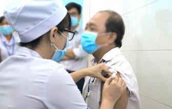 Sau 48 tiếng tiêm thử nghiệm vắc-xin ngừa COVID-19: Các tình nguyện viên hiện ra sao?