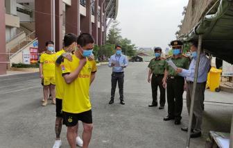 Bình Dương bàn giao 11 người Trung Quốc nhập cảnh trái phép để trục xuất về nước