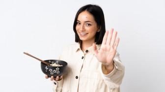 Ly thân vì chồng mắc bệnh… sạch