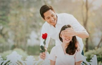 """Vợ chồng ký """"Thỏa ước không quà"""""""