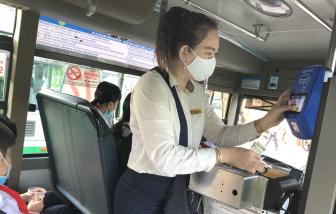 Thanh toán thông minh trên xe buýt: Chưa thông minh