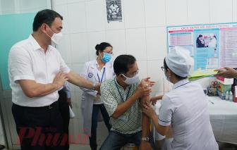 44.175 người thuộc 9 nhóm đối tượng sẽ được tiêm vắc xin COVID-19 đợt đầu tiên tại TPHCM