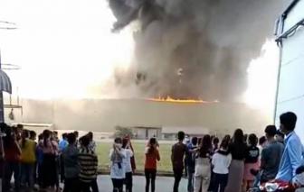 Cháy nhà máy Tôn Hoa Sen thiệt hại khoảng 3.000m2 nhưng công ty nói không ảnh hưởng sản xuất