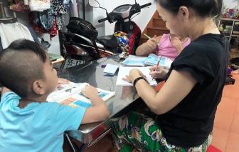Cô thợ may mở lớp học cho trẻ cơ nhỡ