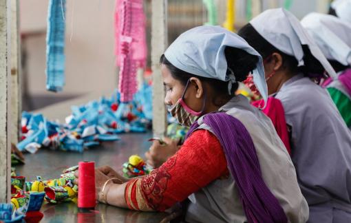 Báo động tình trạng công nhân nữ ngành may mặc bị quấy rối ở Ấn Độ