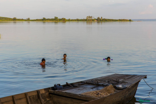 Về hồ Trị An tắm tiên thời hiện đại