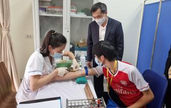 """Sức khỏe 6 tình nguyện viên đầu tiên tiêm vắc-xin """"made in Việt Nam"""" hiện ra sao?"""