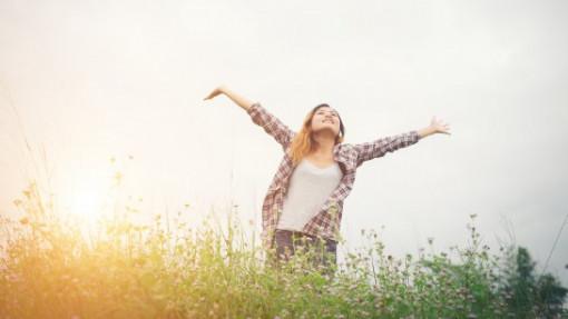 Bước ra mới biết hạnh phúc