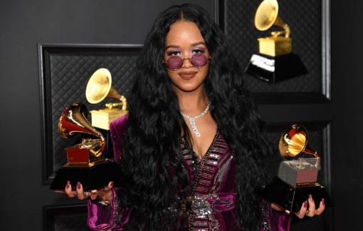 Grammy lần thứ 63: An toàn và nhạt nhòa
