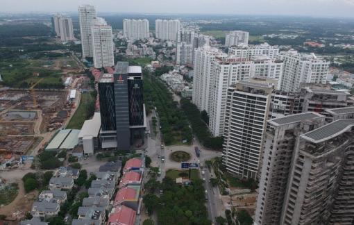 UBND TPHCM chỉ đạo tháo gỡ khó khăn cho 61 dự án bất động sản trước 15/4