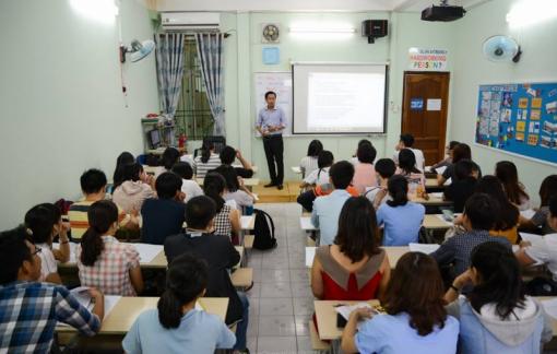 Hà Nội: Học sinh lớp 9 đổ xô đi học thêm Lịch sử
