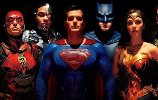 Loạt phim siêu anh hùng đổ bộ trực tuyến: Cột mốc mới của thị trường điện ảnh