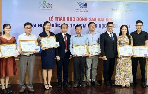 Novaland trao tặng 31 học bổng cho học viên, nghiên cứu sinh Đại học Quốc gia TPHCM