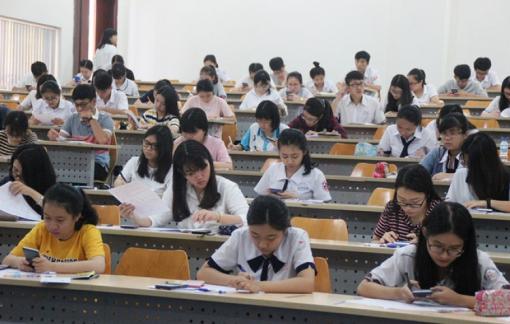 Đề tham khảo thi tốt nghiệp THPT 2021: Quá an toàn, thiếu sự phân hóa