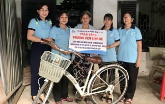 5 phụ nữ được tặng phương tiện làm ăn cải thiện đời sống